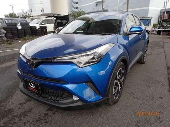 Toyota CH-R image 1