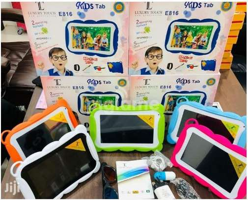 luxury touch E816 Kids tablet image 1