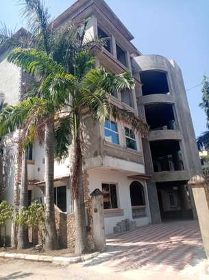 1br Sunset Court newly built apartment for rent in Nyali. AR51 image 1