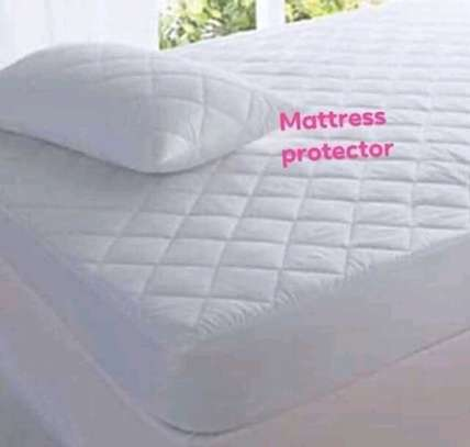 Exquisite Mattress Protector image 8