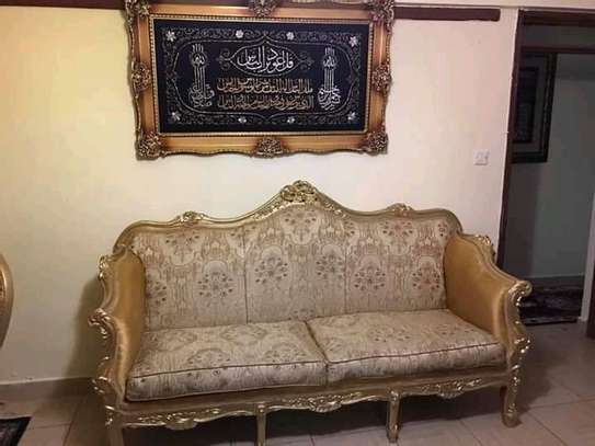 Low budget 5-7 Antique sofas. image 1