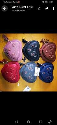 Sling handbags image 3