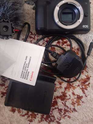 Canon M50 with Rode micro mic