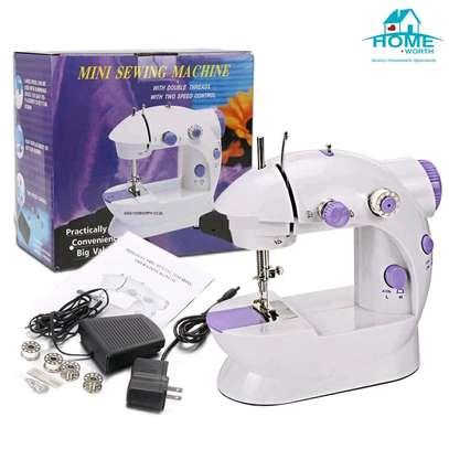Electric Mini sewing machine image 1