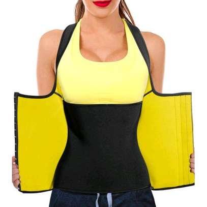 waist trainer image 1