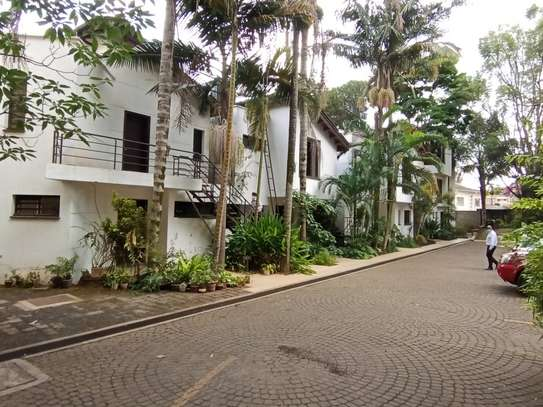 Furnished 1 bedroom house for rent in Rhapta Road image 17