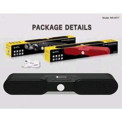 Wireless Bluetooth speaker image 4