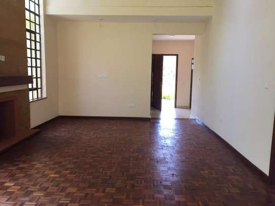 4 bedroom townhouse for rent in Kitisuru image 11