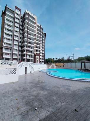 4 bedroom apartment for sale in Nyali Area image 5