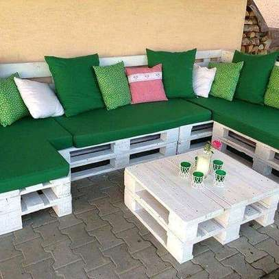 Beautiful Simple Quality L-Shaped Pallet Sofa image 4