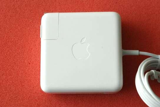 Apple 15-inch MacBook Pro Retina 85W image 1