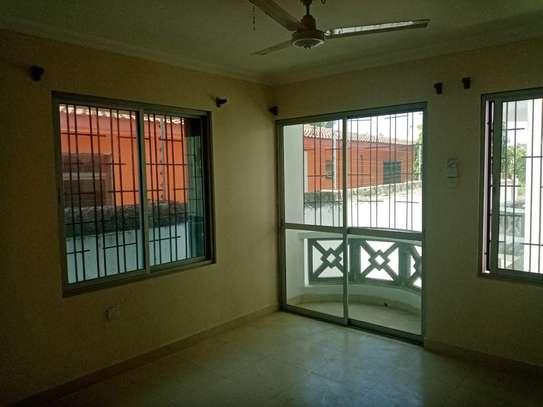 3br duplex apartment for rent in Nyali-A25 Mogadishu.Id AR18-Nyali image 2