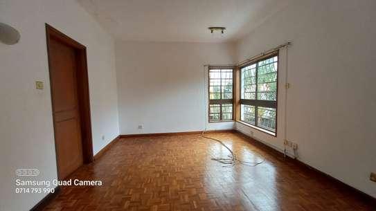 commercial property for rent in Parklands image 9