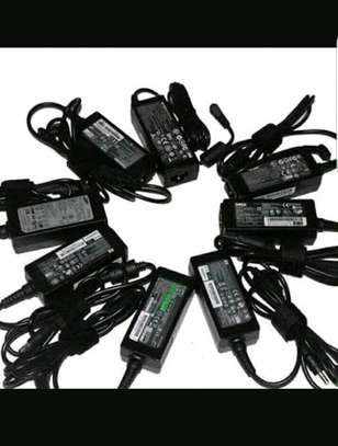 Laptop batteries,chargers,harddidks ànd memories image 4