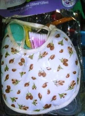 Babies Feeding Bottle Gift Set image 2