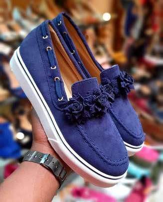 Fancy rubber sole shoes image 4