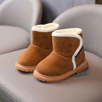Girls warm boots image 2