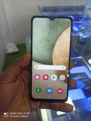 mobile Samsung a12 image 2