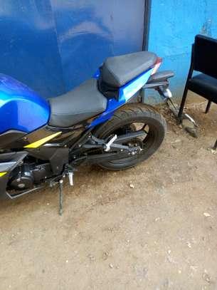 Motorcycle image 3