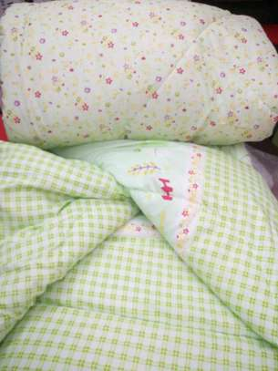 Quality cotton duvets with one pillow case image 14