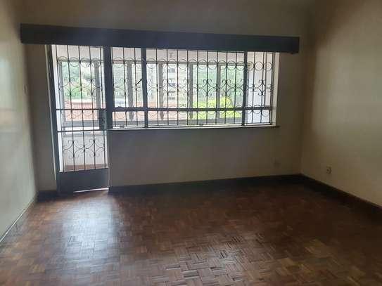 5 bedroom townhouse for rent in Westlands Area image 34