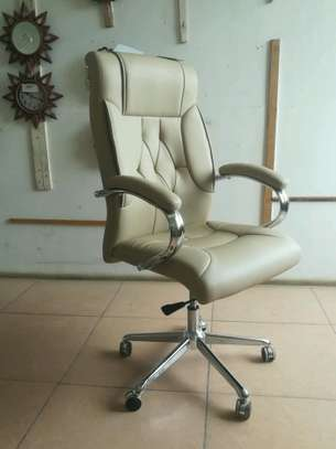 office chairs 654