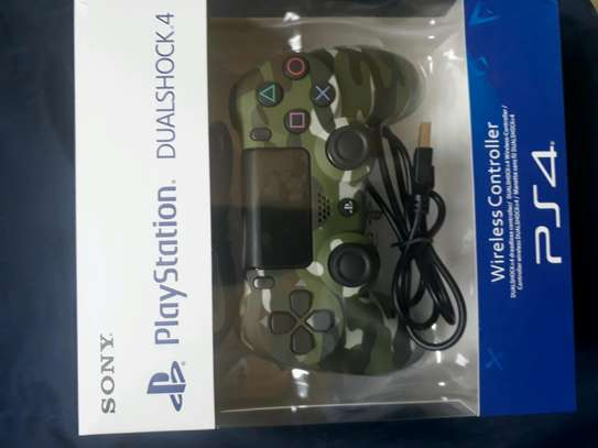 PlayStation 4 game pad
