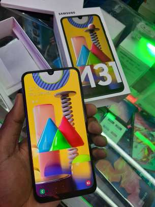 Samsung Galaxy M31 6GB RAM 128GB ROM image 2