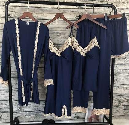 Nightdress/nightwear image 1