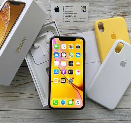 Apple iPhone XR 256gb super clean image 1