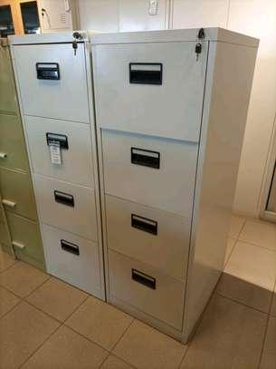 Metallic filling cabinet image 1