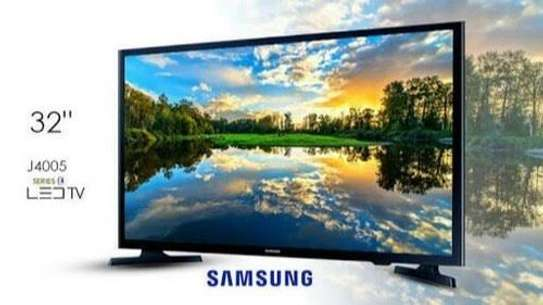 Samsung 32 digital smart TV image 1