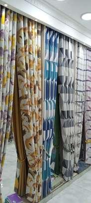 Decor curtain image 1