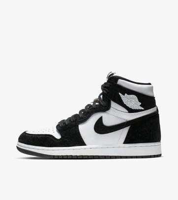 Nike Air Jordan 1 high retro image 3