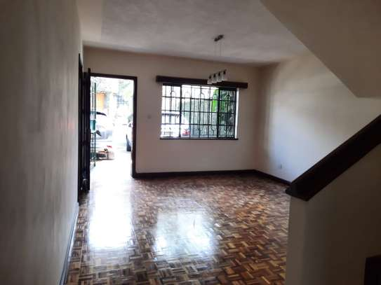 Lovely 3 Bedrooms House To Let in Kileleshwa image 10