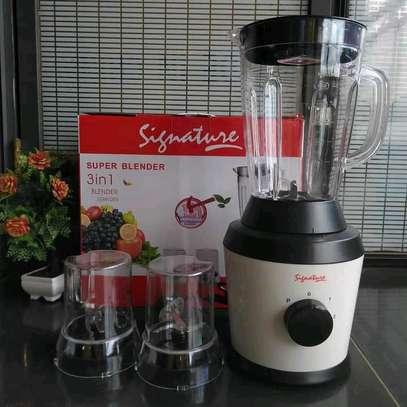 Kitchen blender image 1