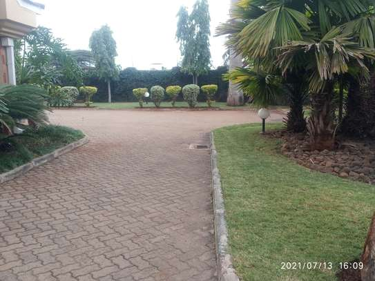 Spacious 4 bedroom home to to let@ Garden estate image 3
