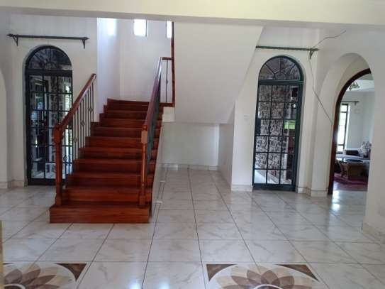 5 bedroom house for rent in North Muthaiga image 17
