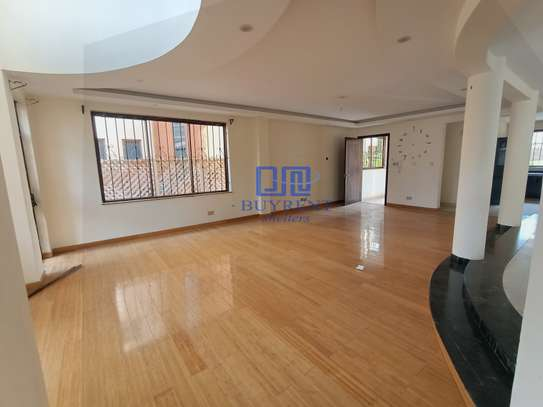 5 bedroom house for rent in Spring Valley image 4
