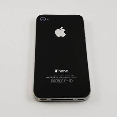 Refurbished iPhone 4s Unlocked with Accessories