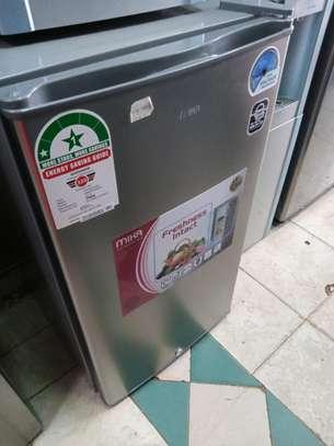 Single door fridge image 2