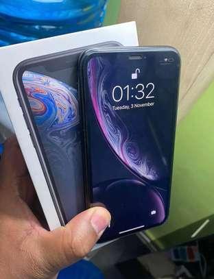 Iphone XR *256gb* image 2