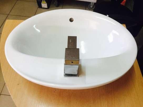Luxury Ceramic Basin image 2