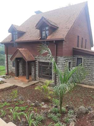 4 Bedroom Country Home