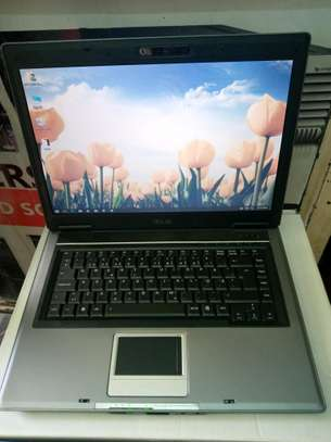 Asus F3S core 2/3gb ram/160gb hdd.