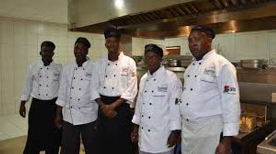 Hire Private Chef/cook/Caterer