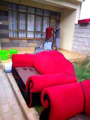 Quality and professional sofasets cleaning services