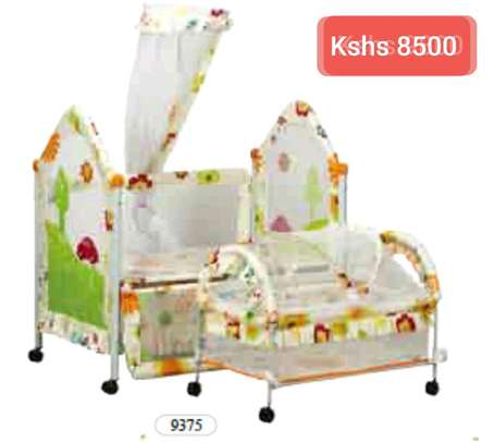 Baby Beds with wheels image 8