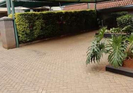5 bedroom townhouse for rent in Spring Valley image 3