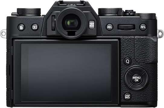 Fujifilm X-T20 Mirrorless Digital Camera w/XC16-50mmF3.5-5.6 OISII Lens-Black image 1